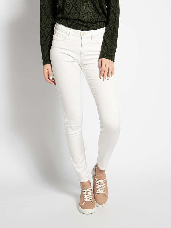 Scarlett Jeans