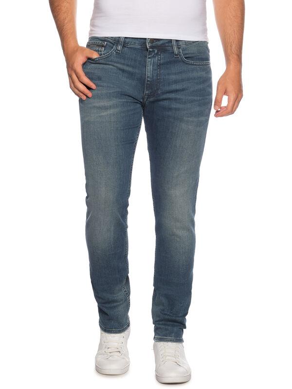 Vaqueros Slim Straight
