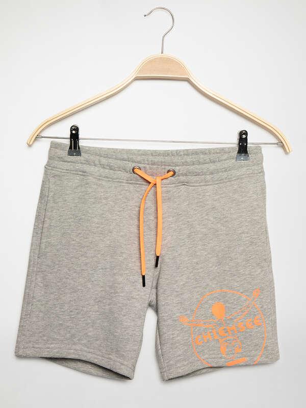Pantalón corto de felpa